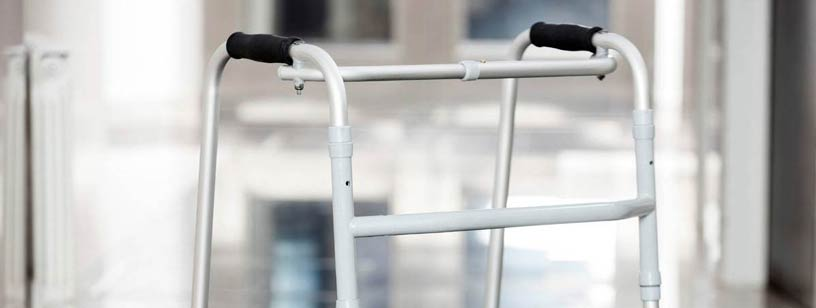 what is the purpose of a walking frame with wheels